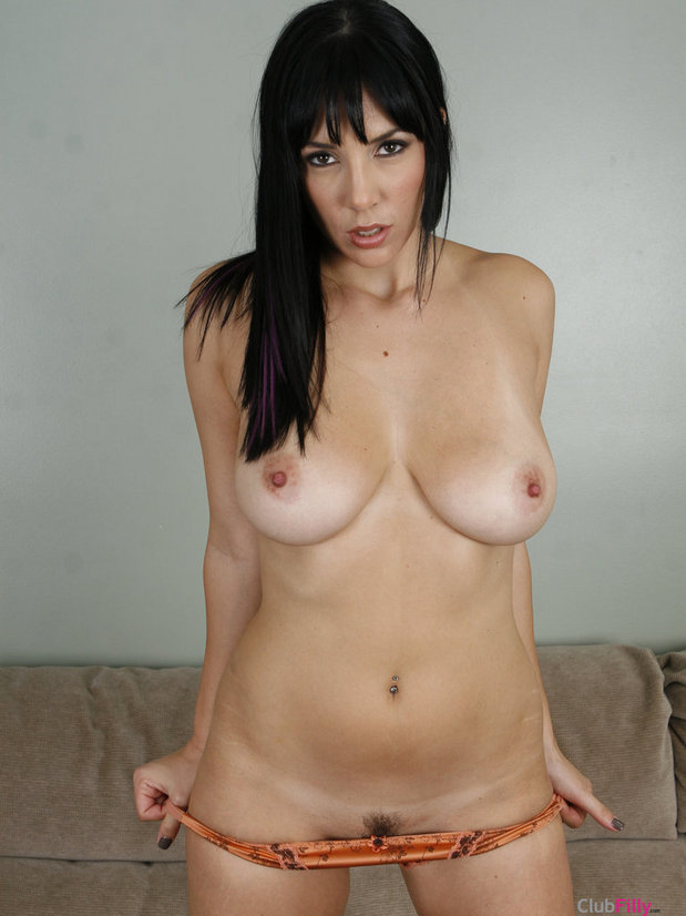 Jelena Jensen is so sexy; Hot Teen