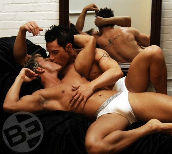 kiss...; Men