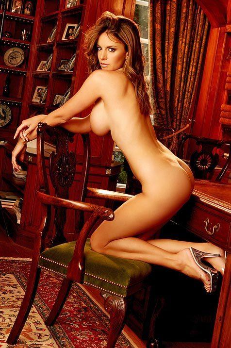 Lucy Becker; Ass Babe Big Tits Brunette