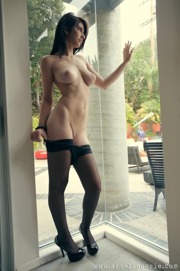 ; Babe Big Tits Brunette Hot