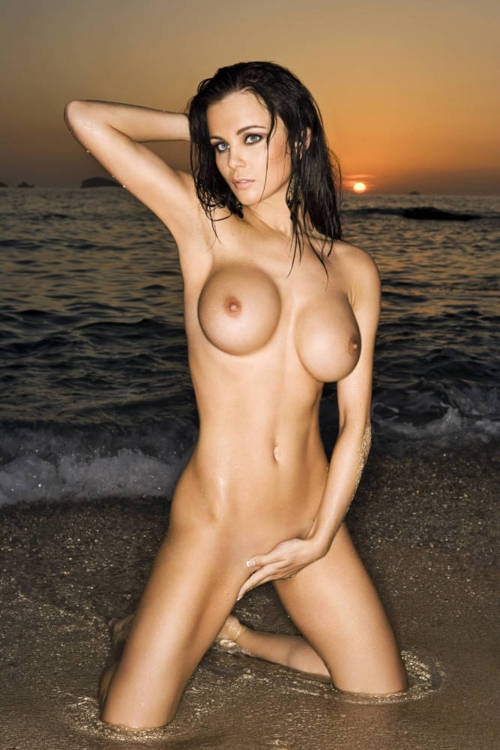 Random Hottie; Babe Erotic Beach