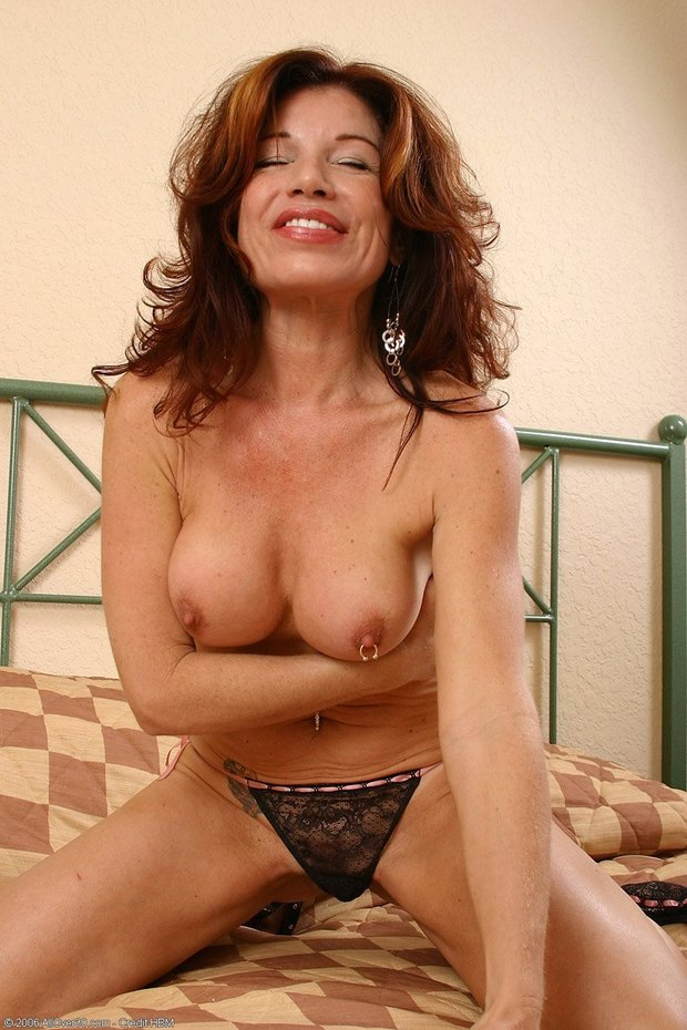 Jaqueline, 49 years old; Brunette Mature Milf