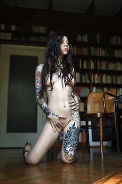 Hot Sexy tattoo Girls; Teen Emo