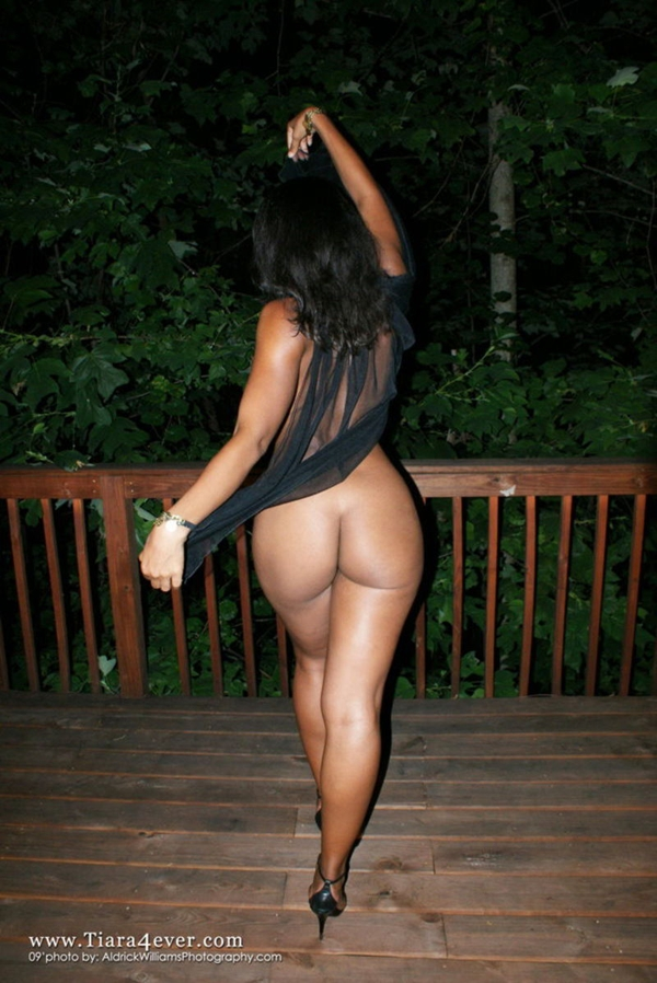 Tiara Harris; Ass