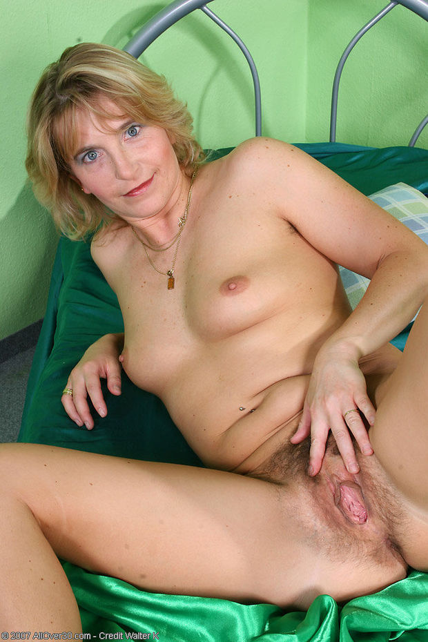 photo Hairy Mature Pussy 345408459 FREE REALTIME CYBER ONLINE INTERNET INSTANT LIVE WEB2.0 VIDEO CHAT ...