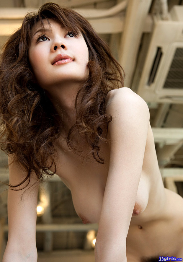 ...; Asian Av Idol Babe Busty Cute Erika Kirihara Hot