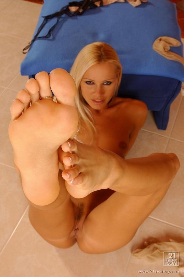 ...; Foot