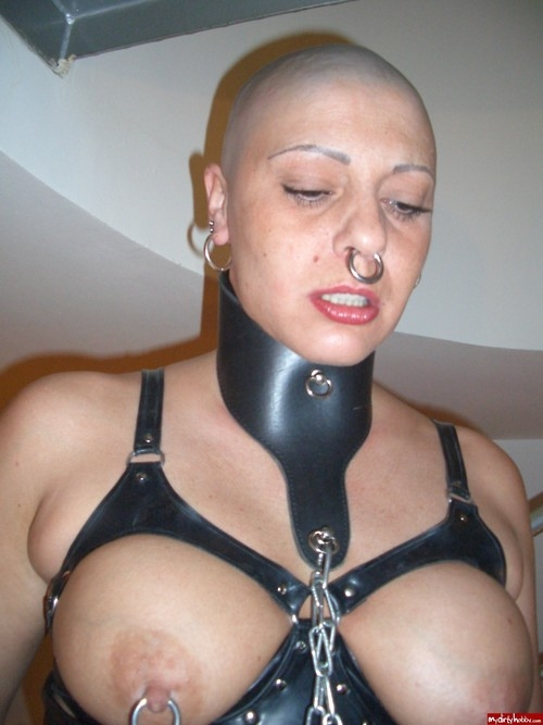 Milf with ring fetish
